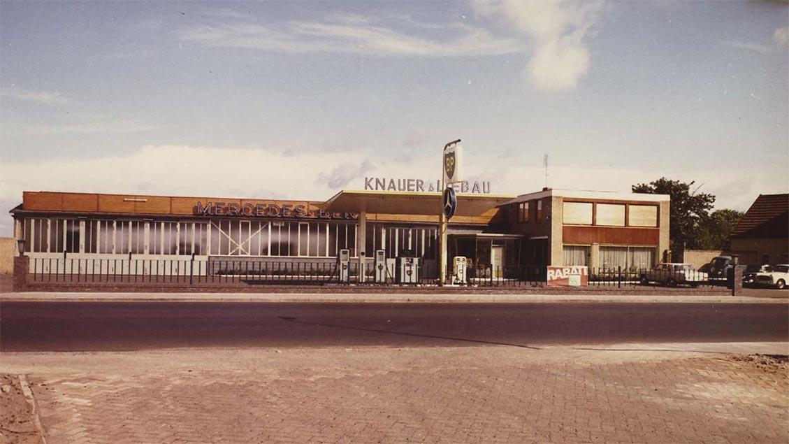 Knauer & Liebau 1970